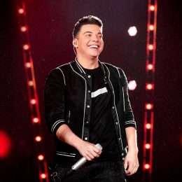 Wesley Safadão tem a música mais tocada nas rádios do Brasil